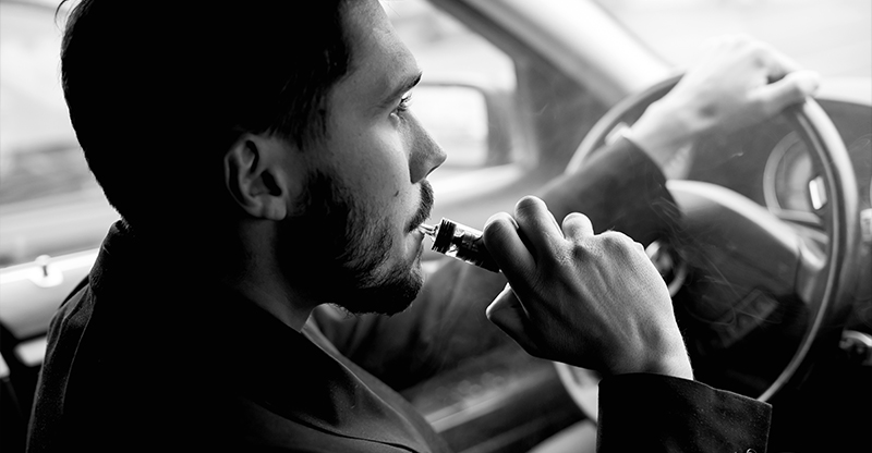 is it illegal to vape in a car